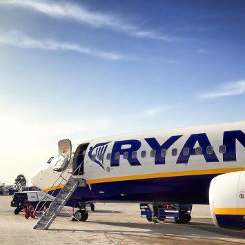 Torba 40x20x25 cm jako torba do Ryanair – linia zmieniła przepisy